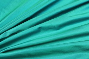 Lightweight Silk Taffeta - Turquoise shot Green