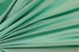 Lightweight Silk Taffeta - Green shot White