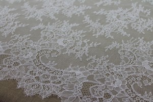 Chantilly Lace - Ivory Double Scallop