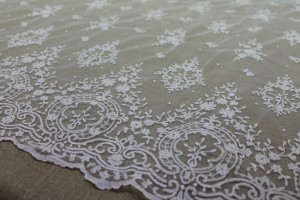 Embroidered Tulle - Ivory - Single Scallop