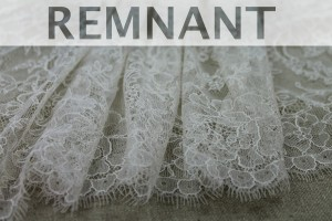 REMNANT - Chantilly Lace - Champagne Double Scallop