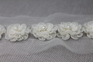 French 3D Floral Trim with shaped petals and a pearl centre - Ivory