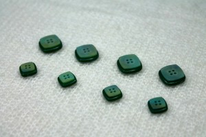 "Square ""Shell"" Resin Inlay Button - Green - Small"