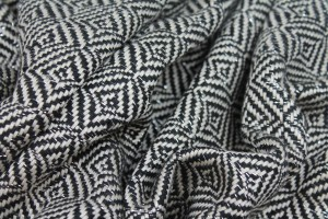 Glittery Check Silk Lurex Matka - Black/White