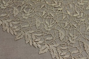 Guipure Lace - Swirl and Leaf Scallop - Deep Gold