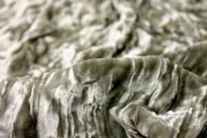 Crushed Silk Velvet - Pale Olive