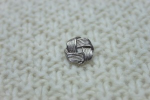 Metal Knot Button - Large Silver