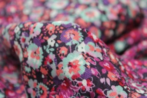 Floral Printed Lightweight Viscose Linen Blend - Pinks