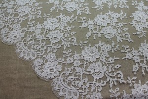 Ivory Leavers Lace - Rose Cluster Design